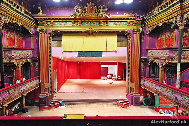 hulme-hippodrome-main-stage-theatre-from-circle.jpg