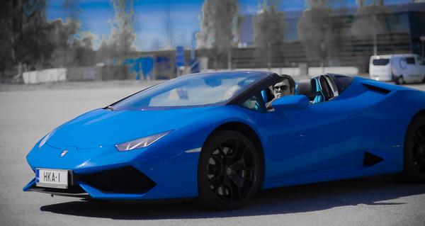 Sininen Lambo-3089.jpg
